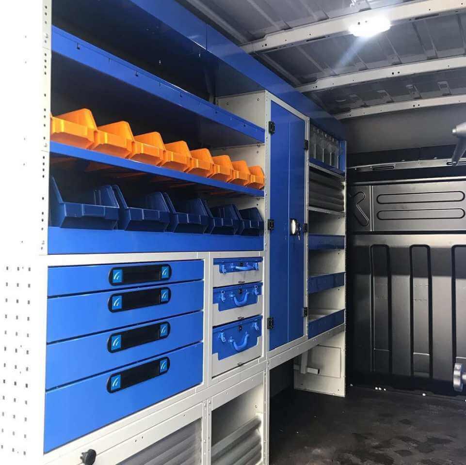 prateleiras tecnolam com caixas removíveis