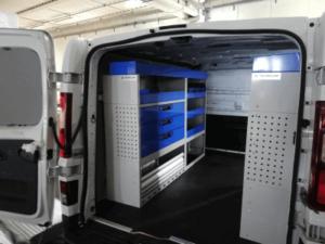Fiat Talento com equipamentos oficina móvel